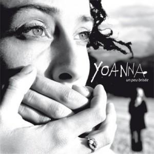 http://nosenchanteurs.eu/wp-content/uploads/2012/05/yoanna-un-peu-brisee-300x300.jpg